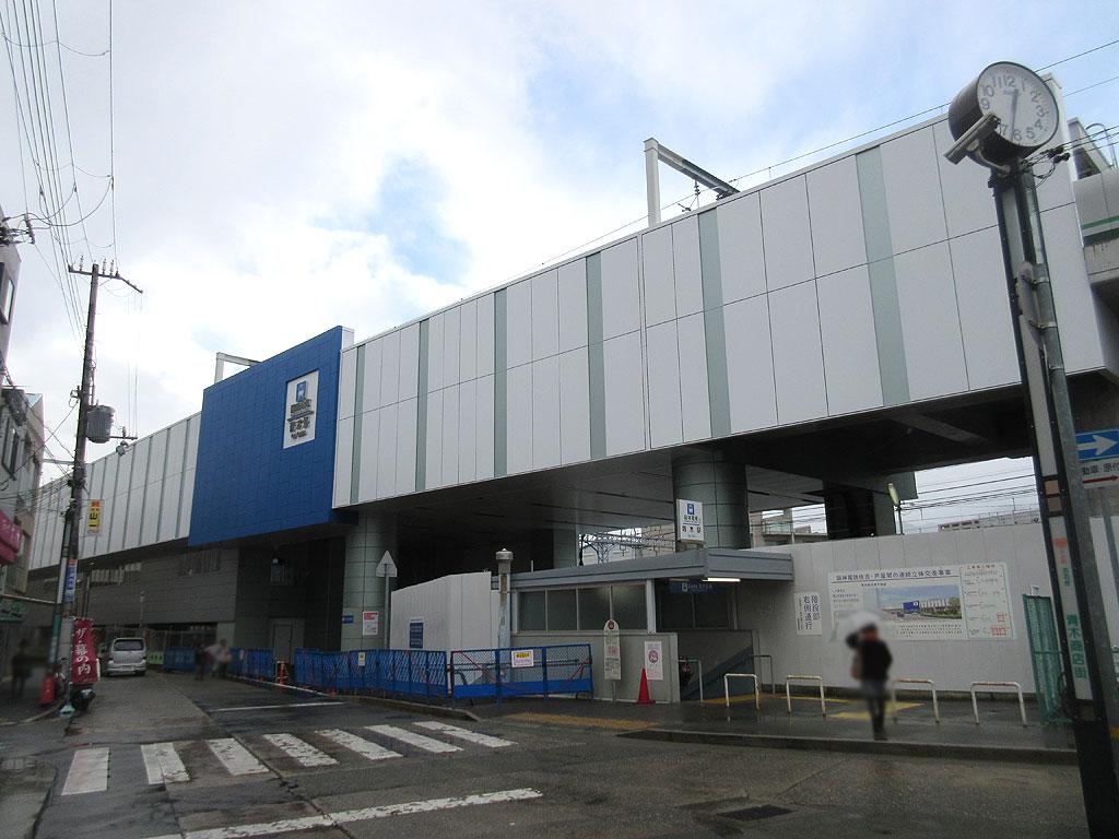 新たな阪神青木駅。